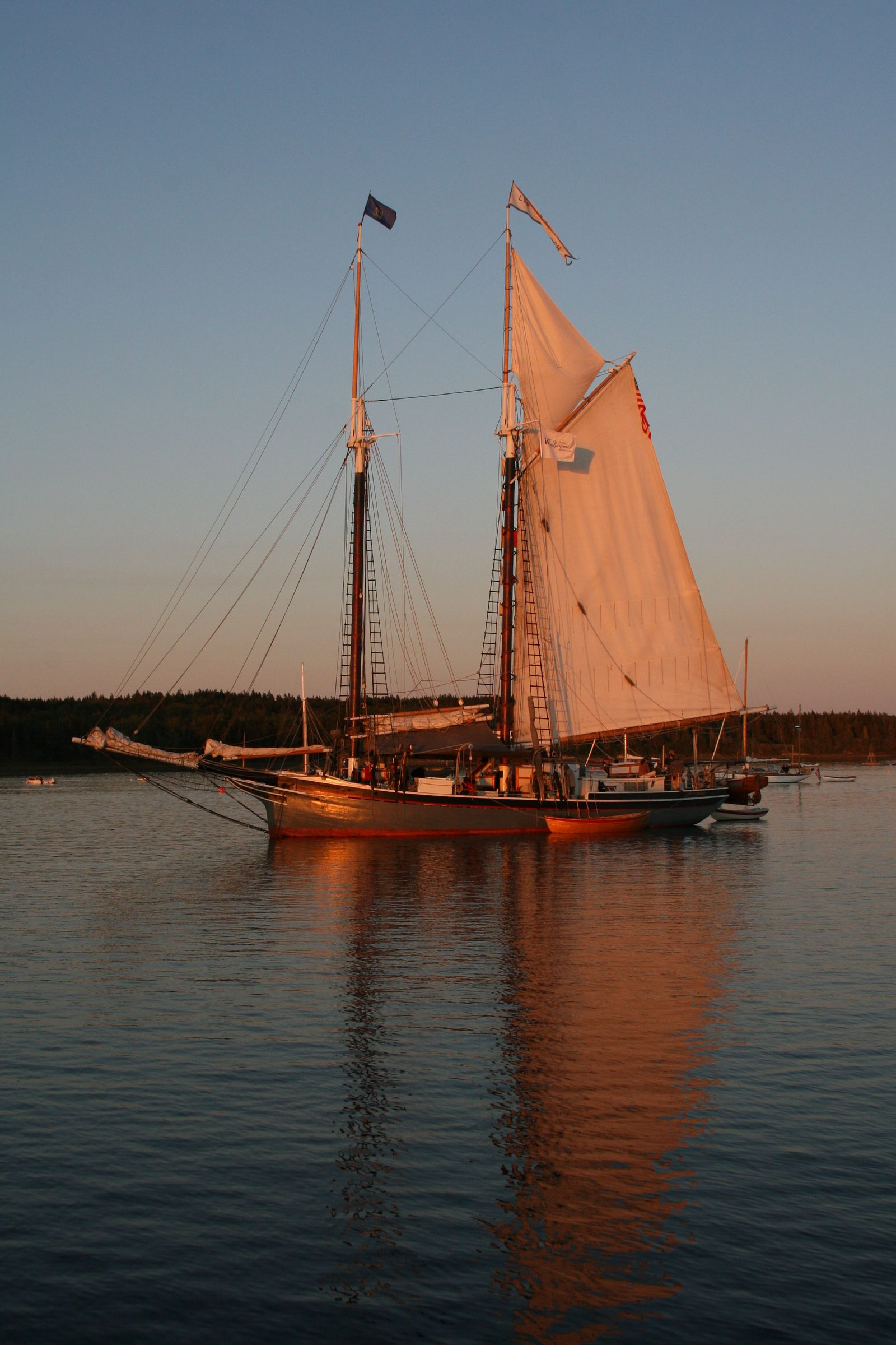 Windjammer French anchored - Photo by Neil Parent